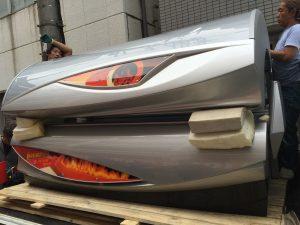 福岡inマシン搬入 マシンの輸入は空輸と船どちらが良いの?